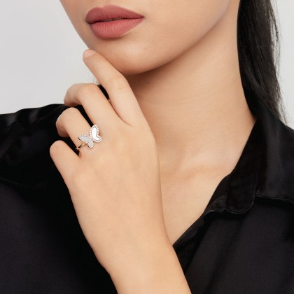 Mother of Pearl Diamond Butterfly Ring in 375/9K Yellow Gold 261160821(YG)